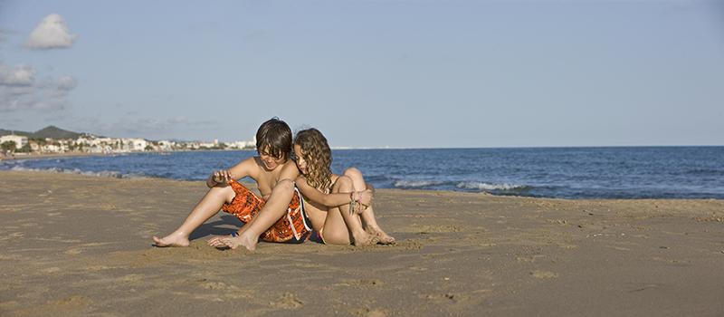 25 - Nens a la platja