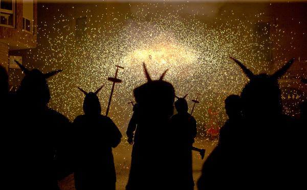 4-Cercavila-de-foc-Diables